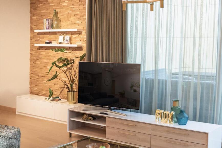 Mur TV avec colonne Bois