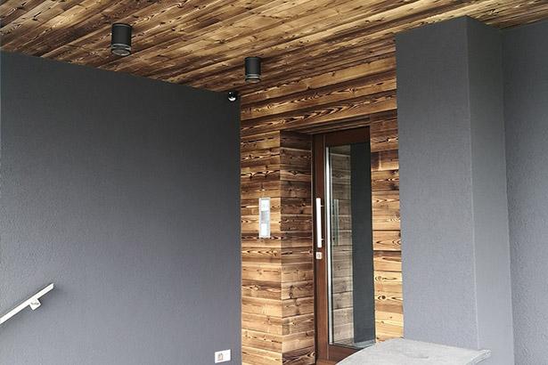 mur bois brule