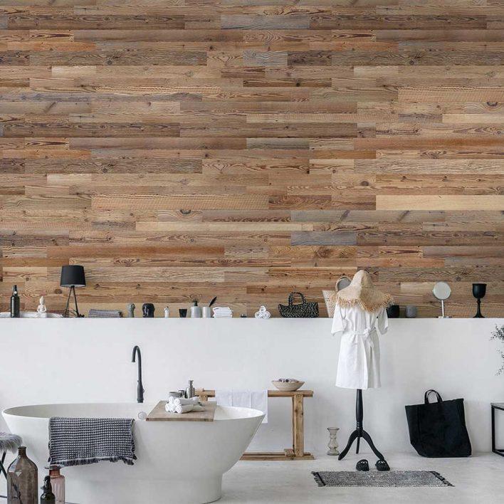 habillage mur en planche de bois