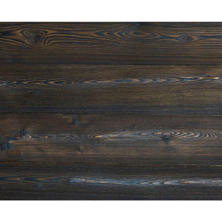 terrasse en bois brulé
